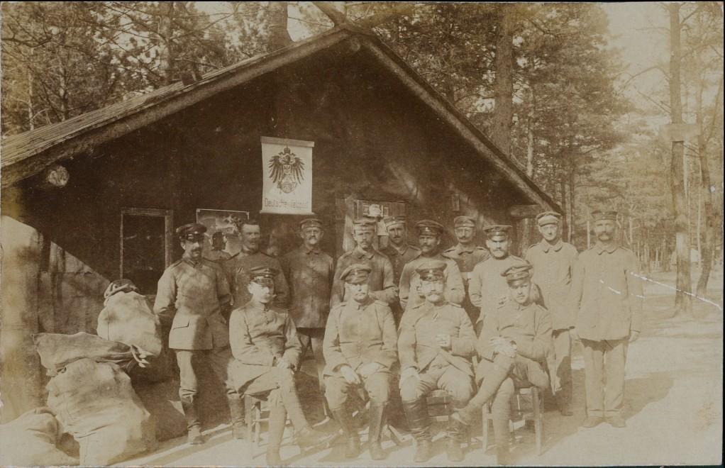 Foto  Deutsche Feldpoststation - Soldaten 1915 Privatfoto