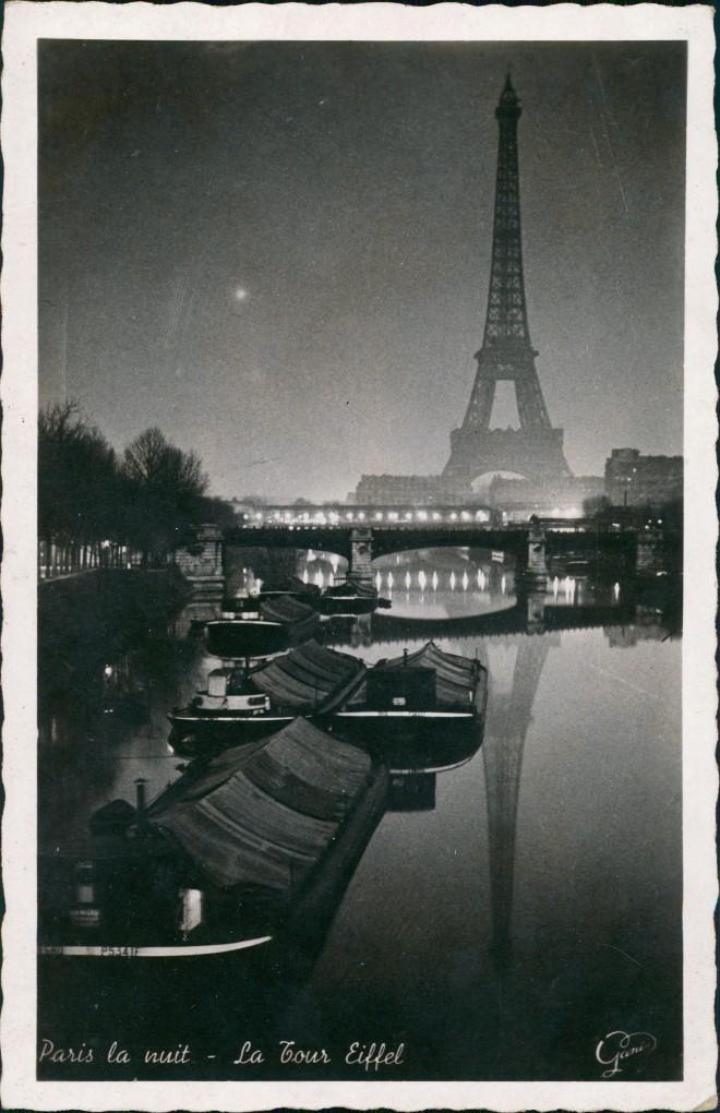 CPA Paris Eiffelturm bei Nacht Kähne 1937