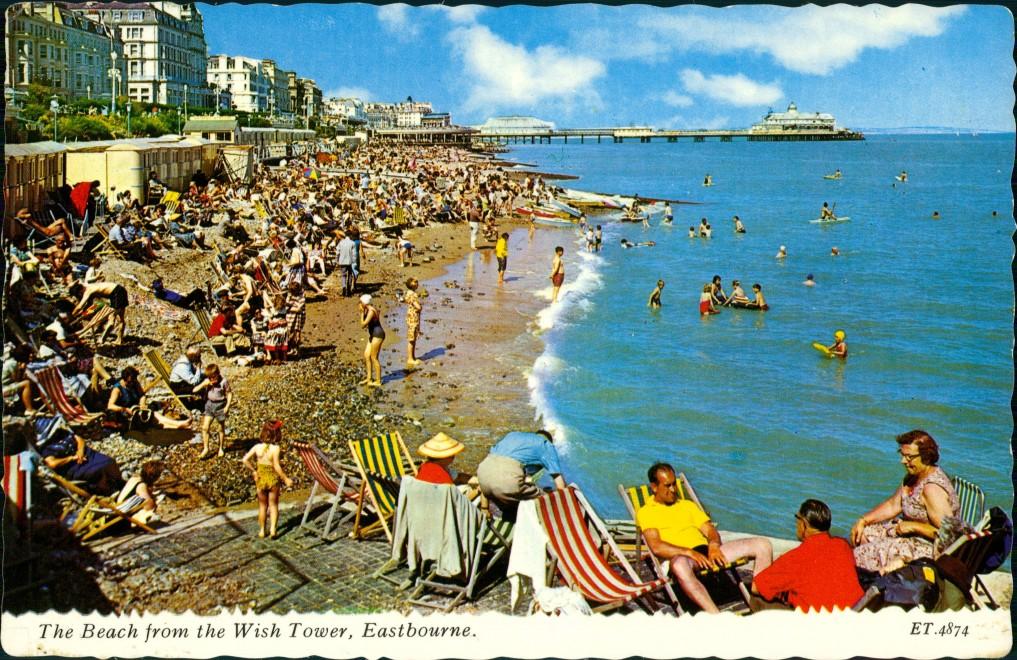 Postcard Eastbourne Strand, Hotels 1980