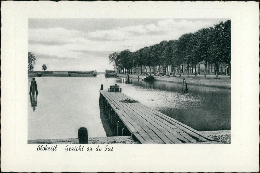 Postkaart Blokzijl Gezicht op de Sas 1941