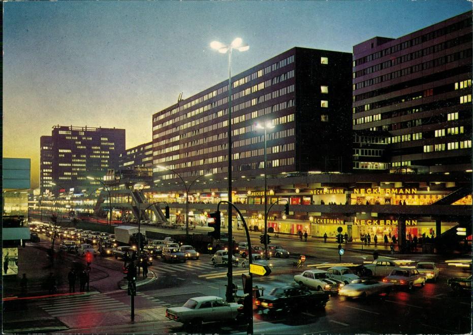 Hamburg Einkaufszentrum Hamburger Strasse, Verkehr, Auto Autos 1974