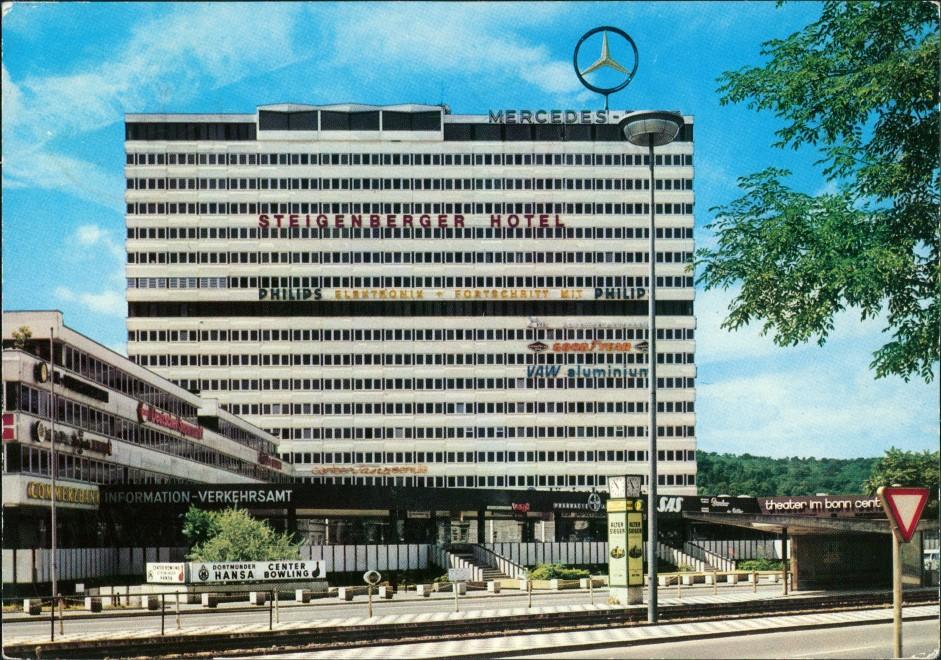 Bonn Bonn-Center mit Steigenberger Hotel, Mercedes-Stern, div. Reklame 1975