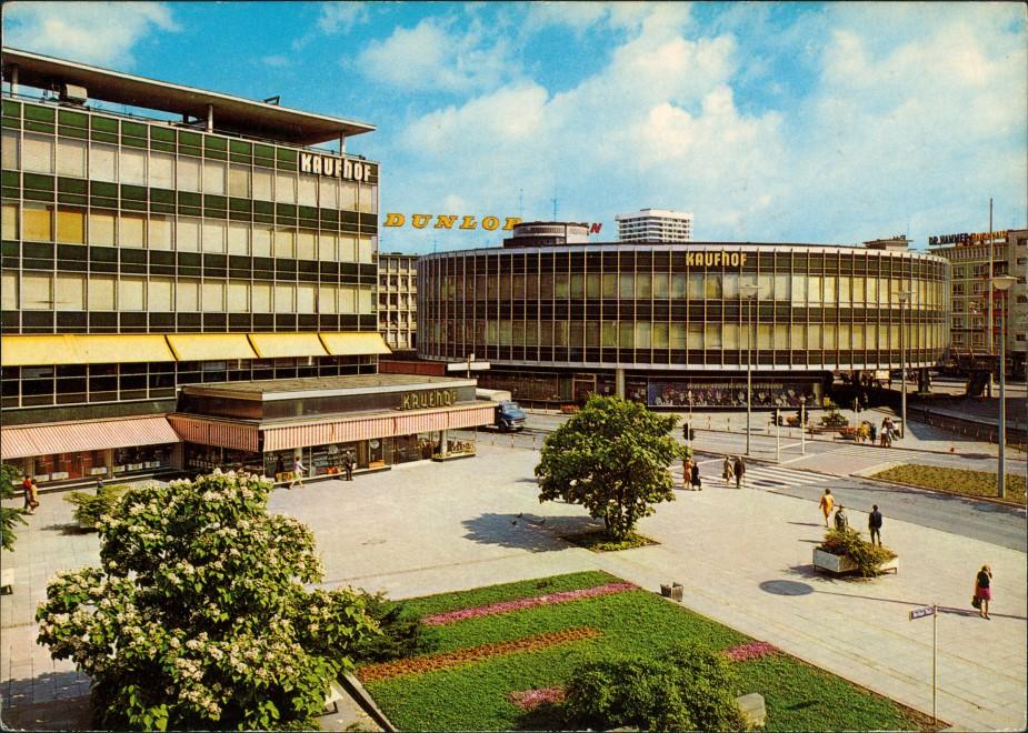 Ludwigshafen Stadt Zentrum mit KAUFHOF, Kaufhäuser, Dunlop Reklameschild 1970