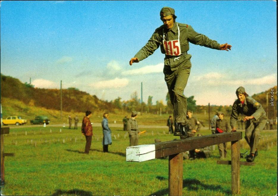 Parkour bei der NVA - Ausdauer und Schnelligkeit 1984 0