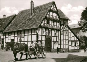 Höxter (Weser) Küsterhaus d. St. Kilianikirche, Pferde Kutsche, Fuhrwerk  1960