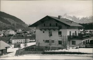 Ansichtskarte Kirchberg in Tirol Partie a.d. Pension Unterkunft Walter 1960