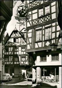 Bernkastel-Kues Berncastel-Cues Marktplatz VW Käfer Beetle, Schaufenster 1964