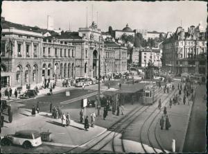 Ansichtskarte Zürich Hauptbahnhof, Straßenbahn - Autos 1952