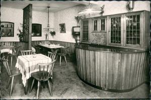 Kröv (Mosel) Weinstube und Pension Hans Beth Gastraum Innenansicht 1960