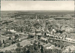 Lübeck Luftbild Überflug Zentrum mit Holstentor, Luftaufnahme 1956