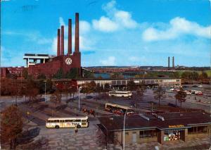 Ansichtskarte Wolfsburg Bahnhof am VW Volkswagen-Werk, Auto Fabrik 1977
