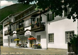 Farchant ALTER WIRT. Gasthof mit eigener Metzgerei color Fotokarte 1968