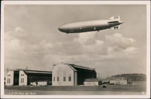 Ansichtskarte Manzell-Friedrichshafen Zeppelin-Halle Zeppelin LZ 129 1938
