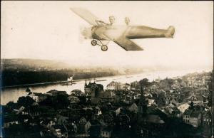 Foto Königswinter Fotomontage Flugzeug - Stadt 1914 Privatfoto