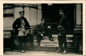 Ansichtskarte Dresden Dresdner Typen Dienstmänner 1925/1995 REPRO