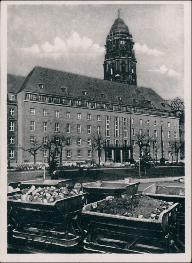 Innere Altstadt-Dresden Neues Rathaus Külzring - Beräumung 1953 0