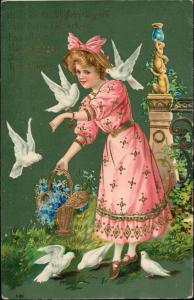 Ansichtskarte  Präge-Goldkarte Mädchen und Tauben 1912 Goldrand