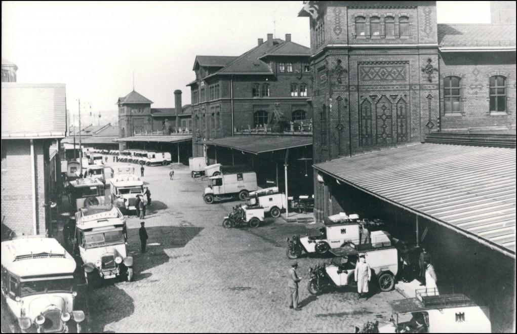 Ansichtskarte Südvorstadt-Dresden Kunadstraße Paketpostamt - LKW 1923/1992 0