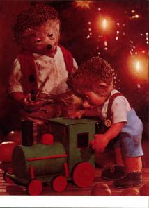 Ansichtskarte  Mecki (Diehl-Film): Weihnachten Holzeisenbahn Geschenk 1975