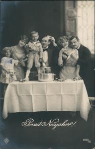Ansichtskarte  Neujahr/Sylvester Familie Fotokunst 1912