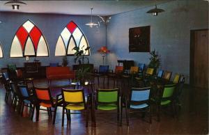 Sainte-Anne-de-Beaupré Ste-Anne-de-Beaupré Lobby Auberge de la Basilique 1980