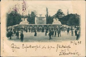 München Wittelsbacher Brunnen am Lenbachplatz belebt Wasserkunst Skulptur 1899