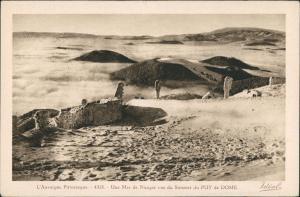 CPA .Frankreich Une Mer de Nuages vue du Sommet du Puy de DOME 1920