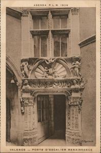 Valence (Tarn-et-Garonne) VALENCE - PORTE D'ESCALIER RENAISSANCE 1928