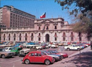 Santiago de Chile PALACIO DE LA MONEDA Government, Car Auto VW Käfer 1983