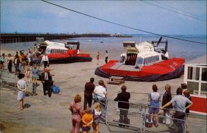 Ryde (Isle of Wight) Luftkissenboot Hovercraft Landestelle RYDE Isle Wight 1975